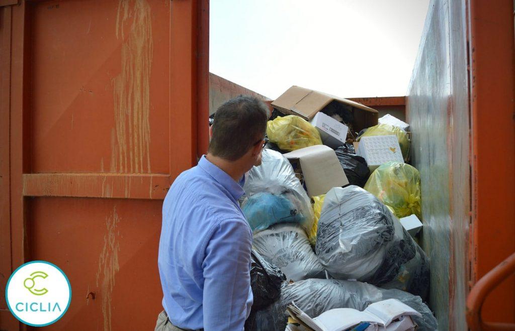 Gestione dei rifiuti - container